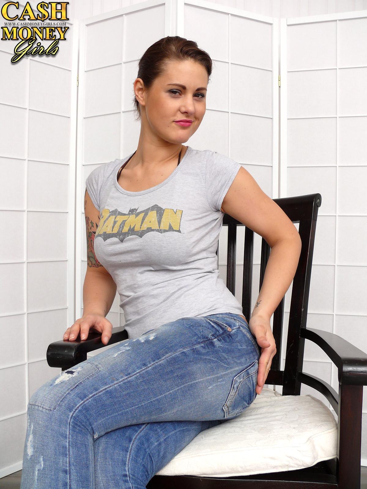 Xenia mistress destiny jeans sitting